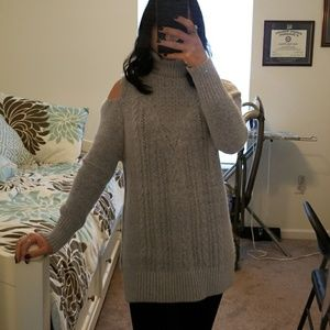 Sweaters - Beautiful & Soft Cold Shoulder Sweater Dress